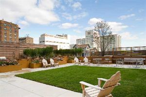 Other great condos in the upper east side and one carnegie hill real estate sales nyc hotel for Condos for sale in garden city ny